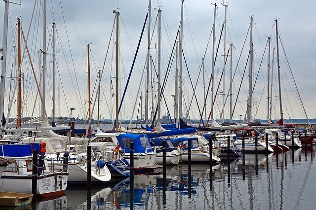 sailing-vessel-1477800_640